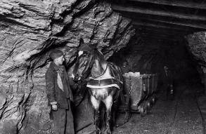La Première Guerre mondiale ralentit considérablement l'exploitation de la potasse en Alsace.